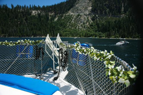 the-party-boat-lake-tahoe_10